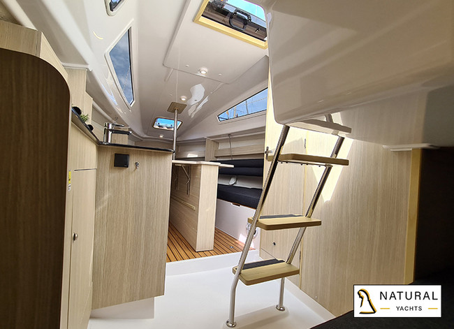 Maxus Evo 24 Pre-owned sailing yacht 2020