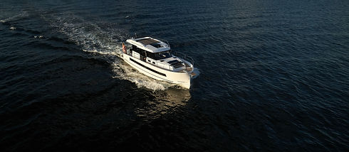 Northman 1200 Electric Motoryacht