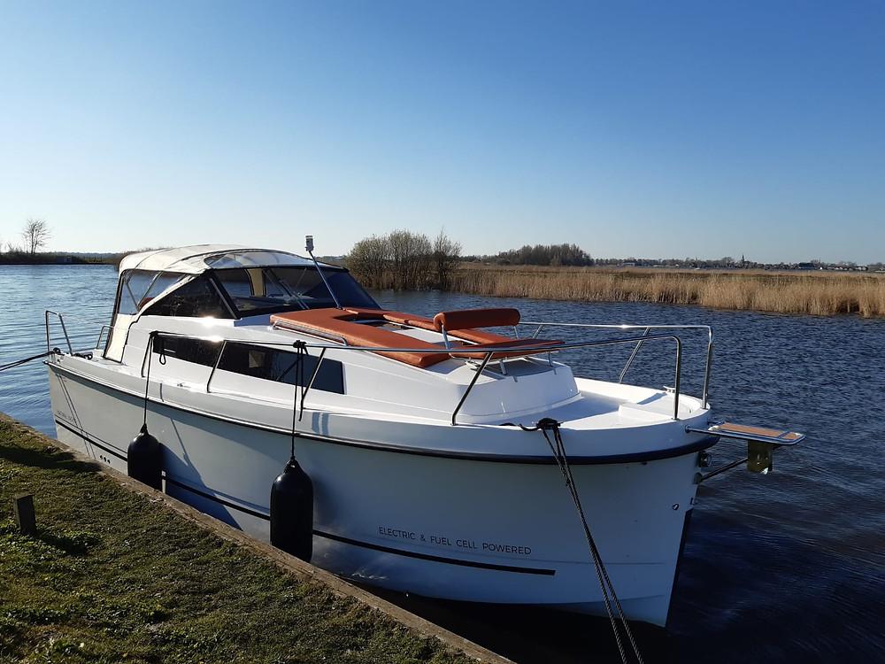 Northman Nexus Revo 870 motorjacht verhuur Friesland