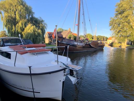 Op zoek naar een last minute vakantie? Huur een jacht in Friesland en geniet van de stilte en rust