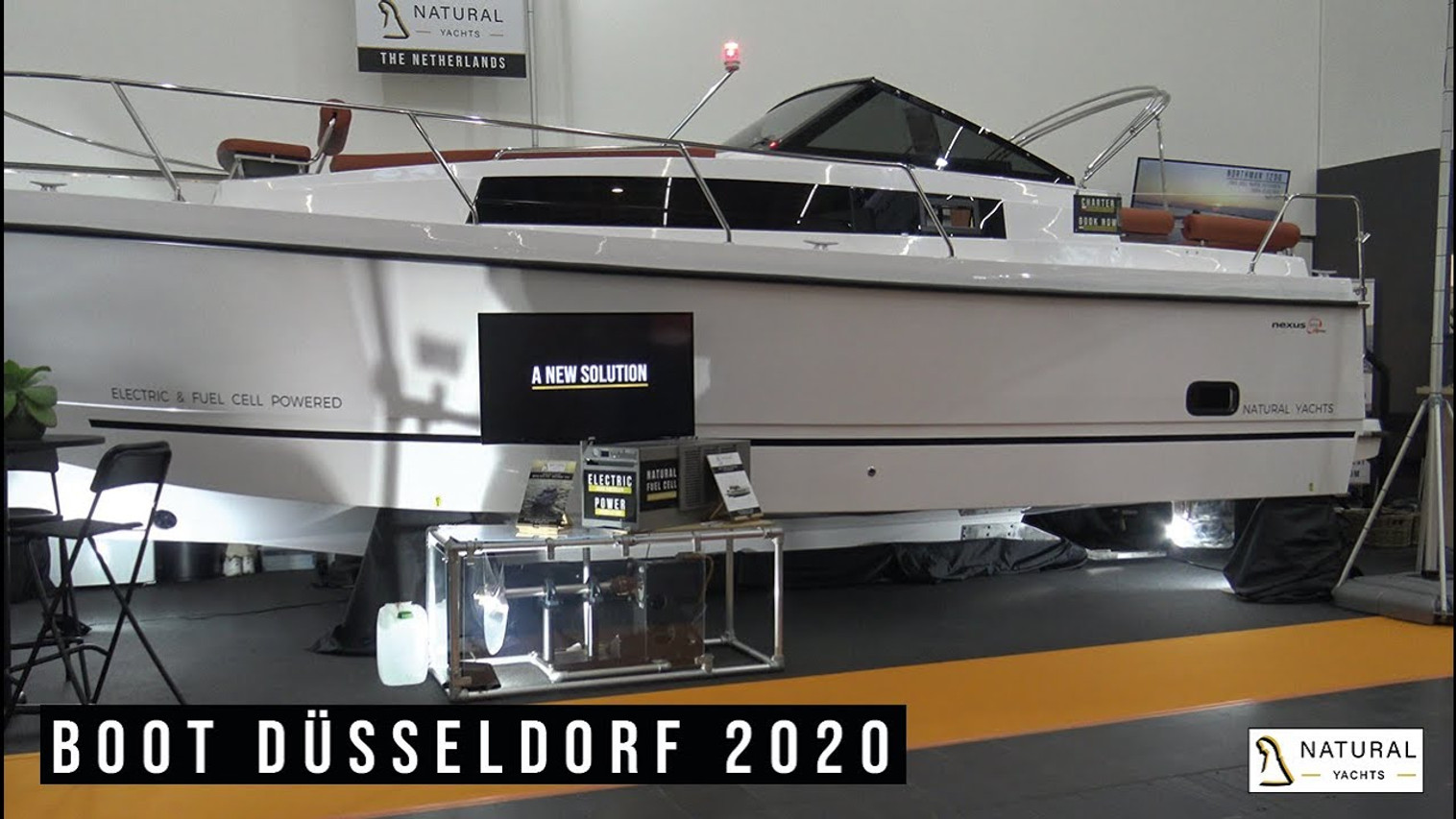 Northman 1200 Flybridge Motor Yacht presentation Boot Düsseldorf