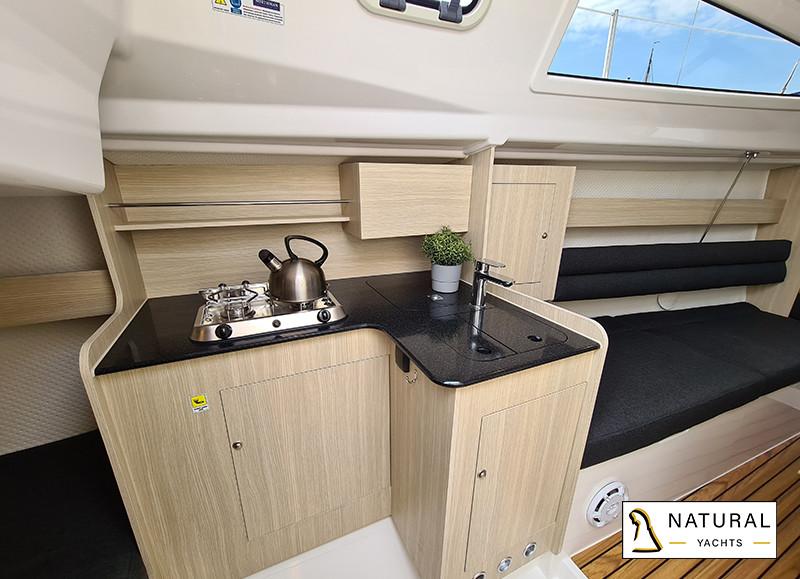 Maxus Evo 24 Sailing Yacht