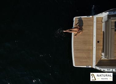 Northman 1200 Spacious swimming platform