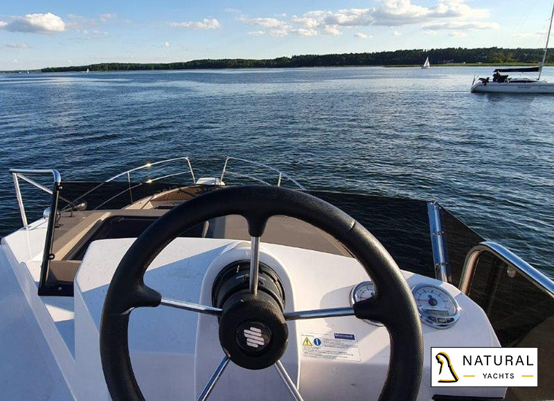 Northman 1200 Flybrige Motor Yacht