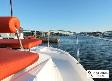 Nexus Revo 870 Convertible Motor Yacht