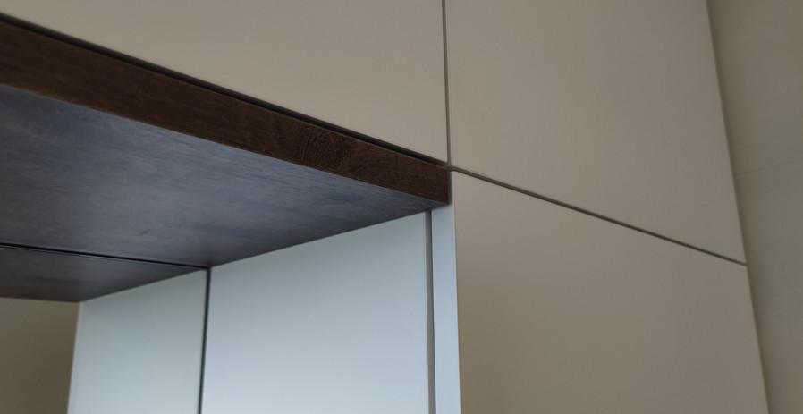 ranz-raumkonzepte-badmöbel-schreiner-modern-wandhängend-HPL-Untersicht-Egger-Perfect-Sense