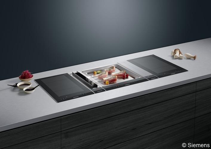 ranz-raumkonzepte-Küche-Schreinerküche-lörrach-weil-am-rhein-basel-schreiner-Siemens-Herd-integrierte-Abzugshaube