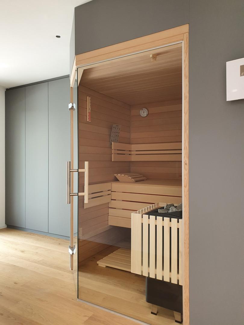 Privatsauna-Sauna-Anthrazit-modern-dachw