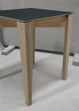 Hocker-Linoleum-Multiplex-Lack-Öl-Sitz-Sitzmöglichkeit