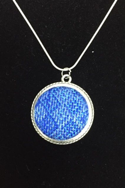 Blue Diamond Dcklace