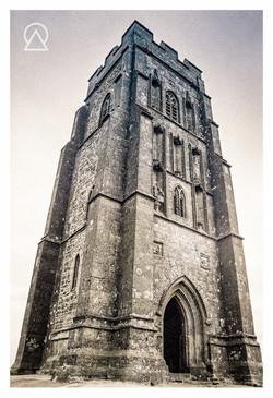 Tour Saint-Michel, Angleterre