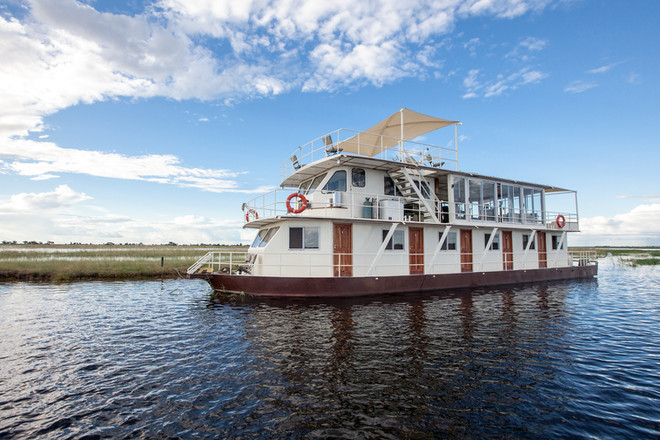Exclusive Chater Houseboat - The Chobe, Botswana