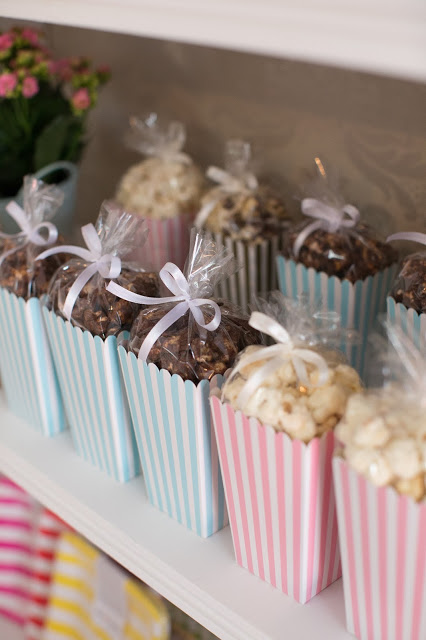 baby shower popcorn favor