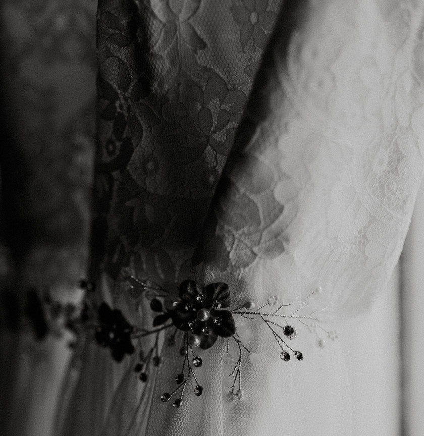 Vintage details on dress. Details are everything when it comes to style for an elopement. Capture the hearts of everyone with your fashion.