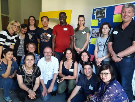 Die BuchBar auf Tour am DACHL-Seminar, 16. Juli in Vaduz, Schulamt