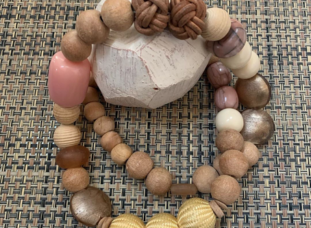 Stuff I Made: Wooden Bead Necklaces