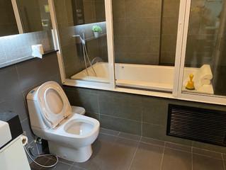 #130 Apus(セントラル地区)改装したばかりのサービス付1ベッドルーム 広めサイズの72m2 バスタブ付