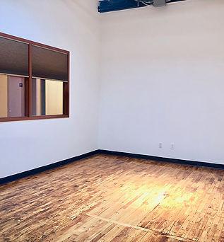 "<img src=""Creative_Brooklyn_Loft_55_Meadow_Street_211.jpg"" alt=""Creative Loft Space at 55 Meadow Street Bushwick Brooklyn"">"