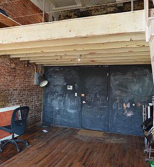 """<img src=""""Brooklyn_Creative_Loft_36_Waverly_Avenue_307.jpg"""" alt=""""Creative Loft Space at 36 Waverly Ave in Clinton Hill Brooklyn"""">"""