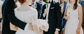 weddingcrowd.JPG
