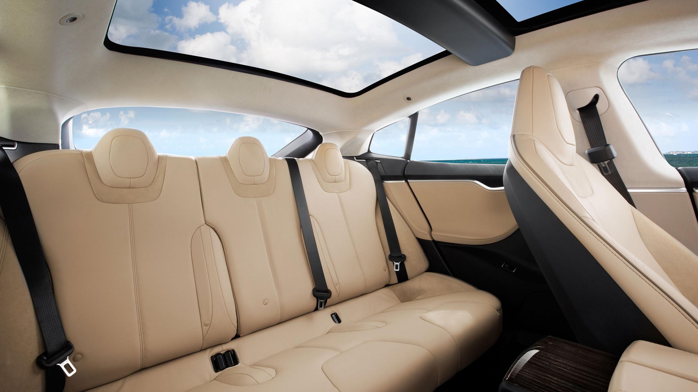 2012 Tesla Model S interior
