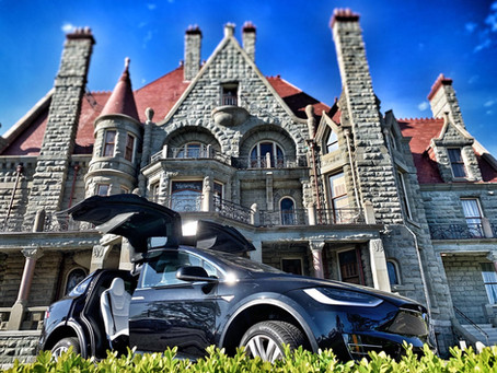 Halowe'en & Oktoberfest: Batmobile Brews & Creepy Castles!