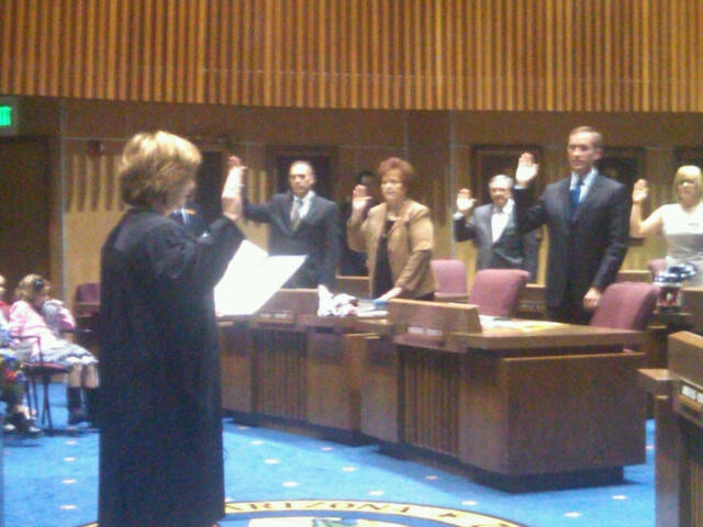 Chief Justice Rebecca White Berch swears in Senators
