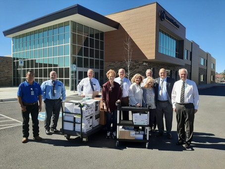 Sen. Allen brings much-needed medical supplies to Show Low hospital