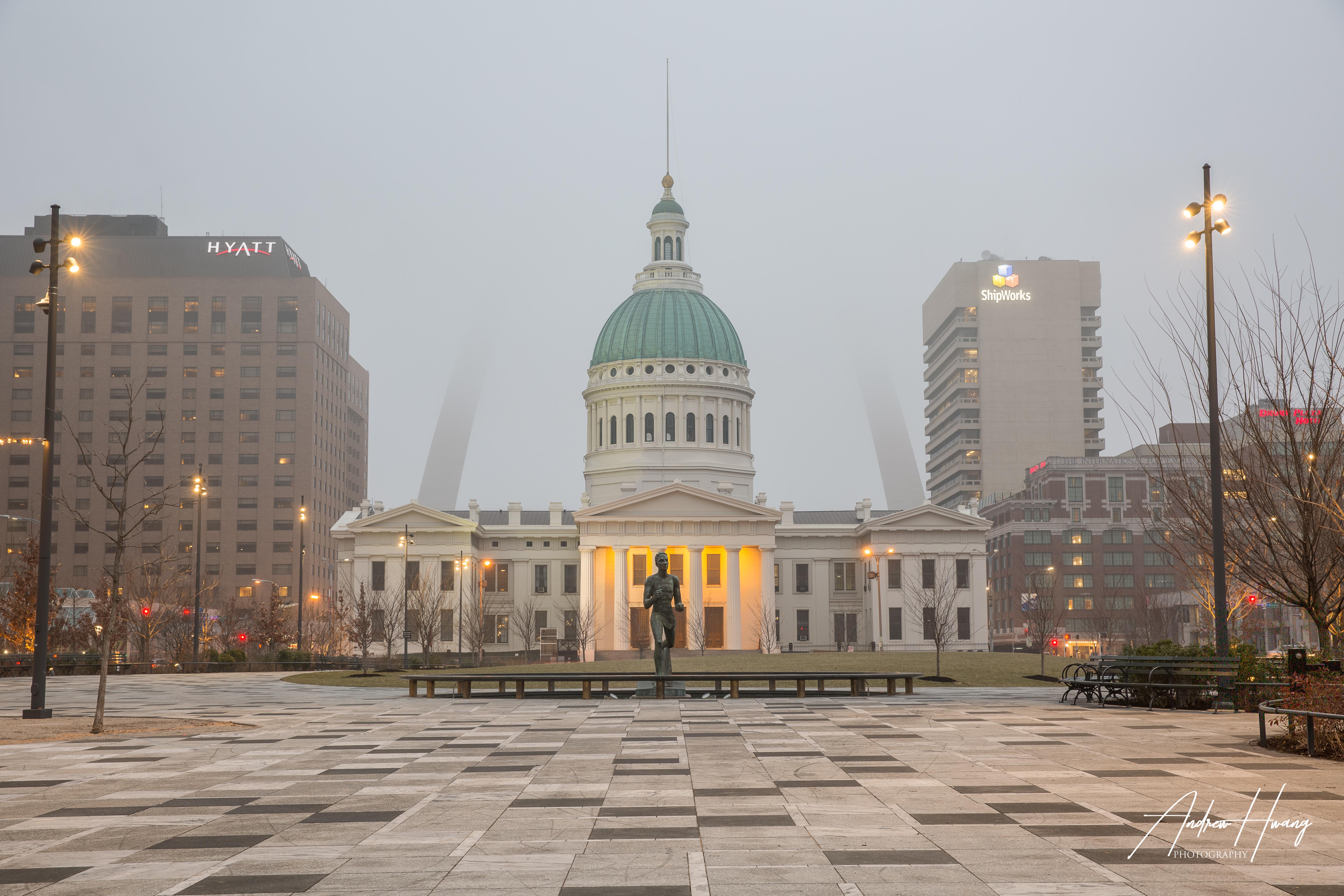 St Louis Arch - Capitol Building