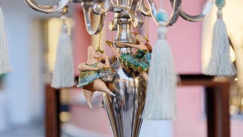 Kerzenständer mit Engelanhänger