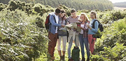 group_teenagers_young_people_nature_camp