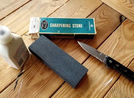 A Belt Sander On A Pocketknife