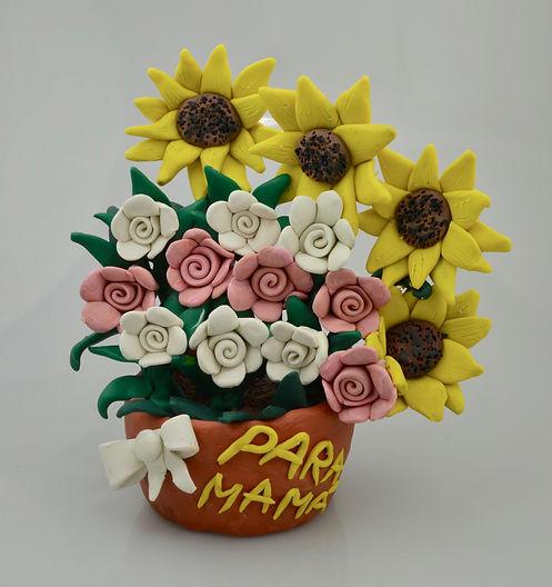 maceta con flores.jpg