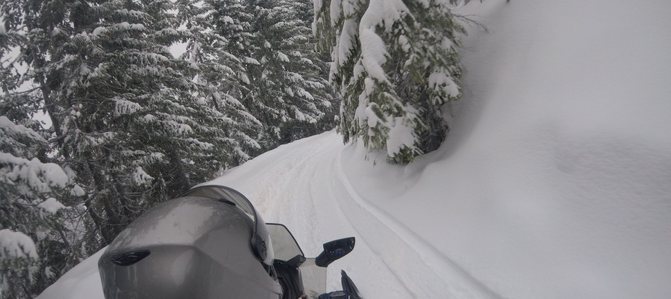 MotorToys Snowmobile Tours