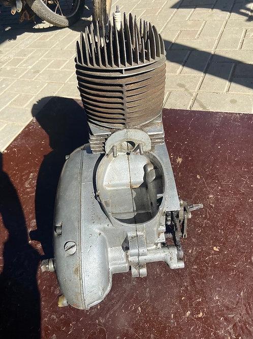 Motor JAWA 250 353