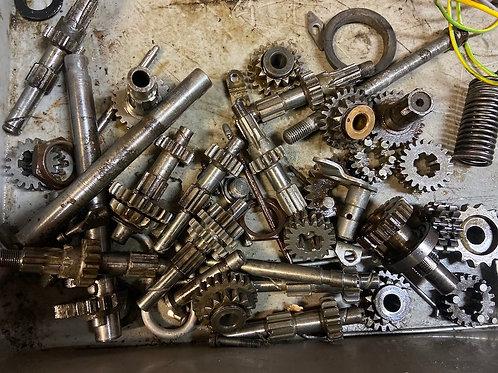 Diely motora, prevodovky