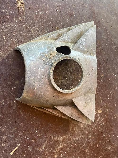 Kryt karburátora, 350 nepoškodený