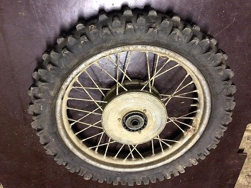 Zadné koleso s drapákom 16