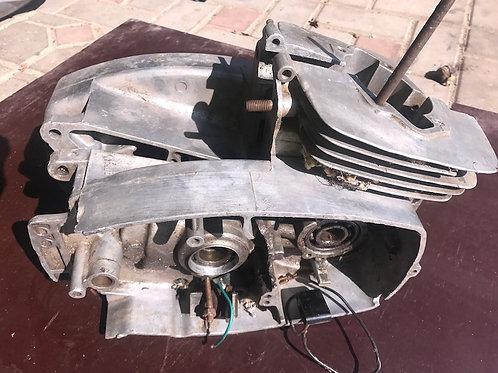 Bloky motora / kártre