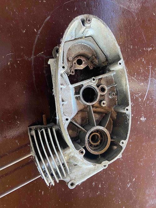 Blok motora, ľavý 450