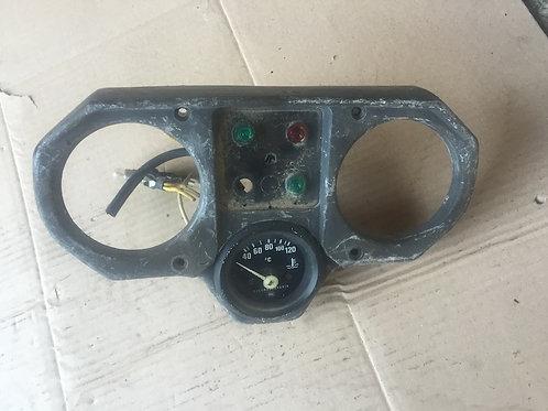 Prístrojový panel upravený