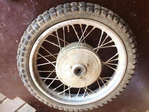 Predné koleso s drapákom