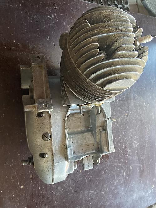 Motor ČZ 175  skúter