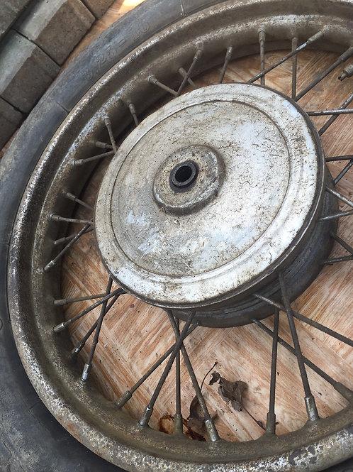 Predné koleso s dezénom