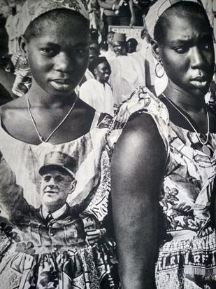 Jovens senegalesas em uma festa para o General de Gaulle