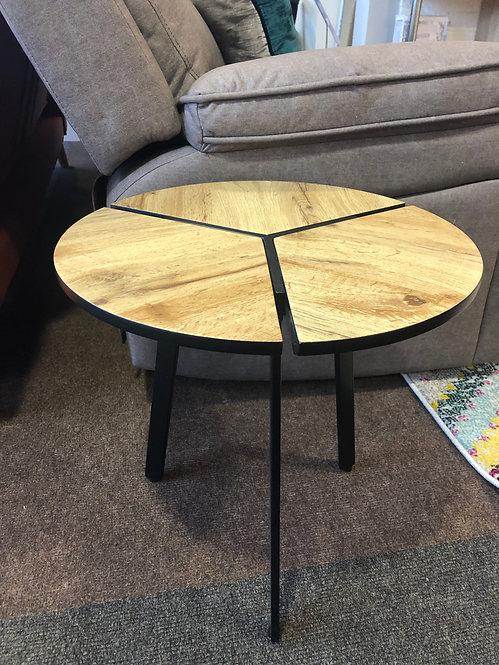 Gyda Lamp Table