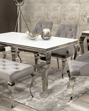 Louis 1600 Table+4 Cassia Chairs+Bench.j