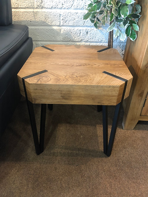 Manhattan Lamp Table
