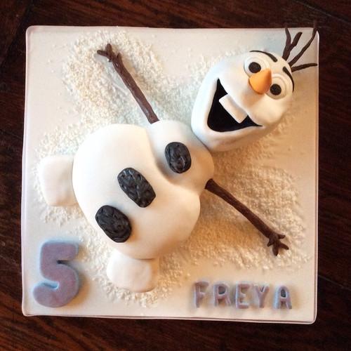 Frozen_Olaf_Cake.JPG