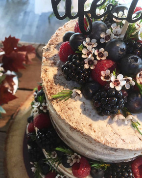 Fresh Fruit Naked Cake